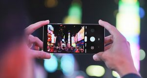 Google objasnio zašto LED blic nije dobar za noćne fotogafije