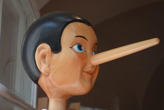 Kako prepoznati kad neko laže